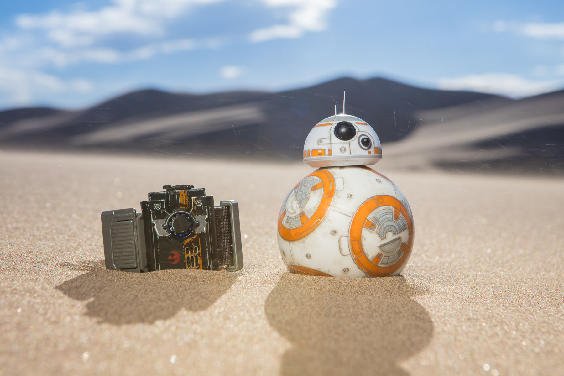 Sphero ForceBand and BB-8 product photo on sand dunes in Colorado.